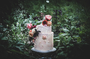 guildford wedding cakes