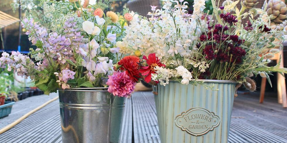 Cut Flower Gardening & Arranging for beginners  £90 - mini session