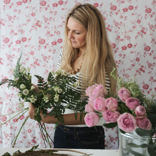 Jane florist sey up 3.jpg