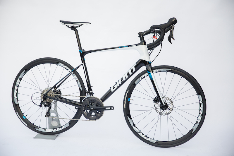 GIANT DEFY ADVANCED 2-HRD