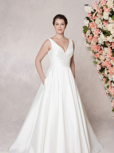 Sincerity  44080  Size 20