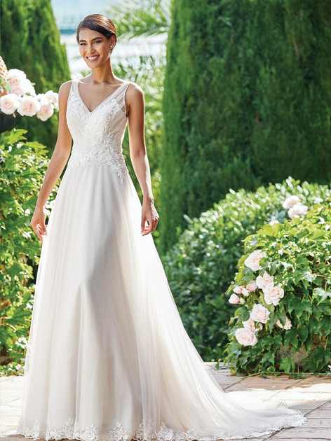 Sincerity  44218  Size 18
