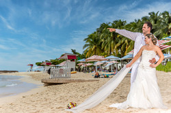 Jamaica Wedding Photography by Kevin Wright - Doctors Cave Beach Montego Bay