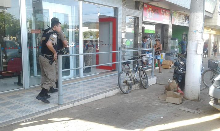Audácia em Eugenópolis, bandidos assaltam o Banco do Bradesco a cinquenta metros da sede do Pelotão