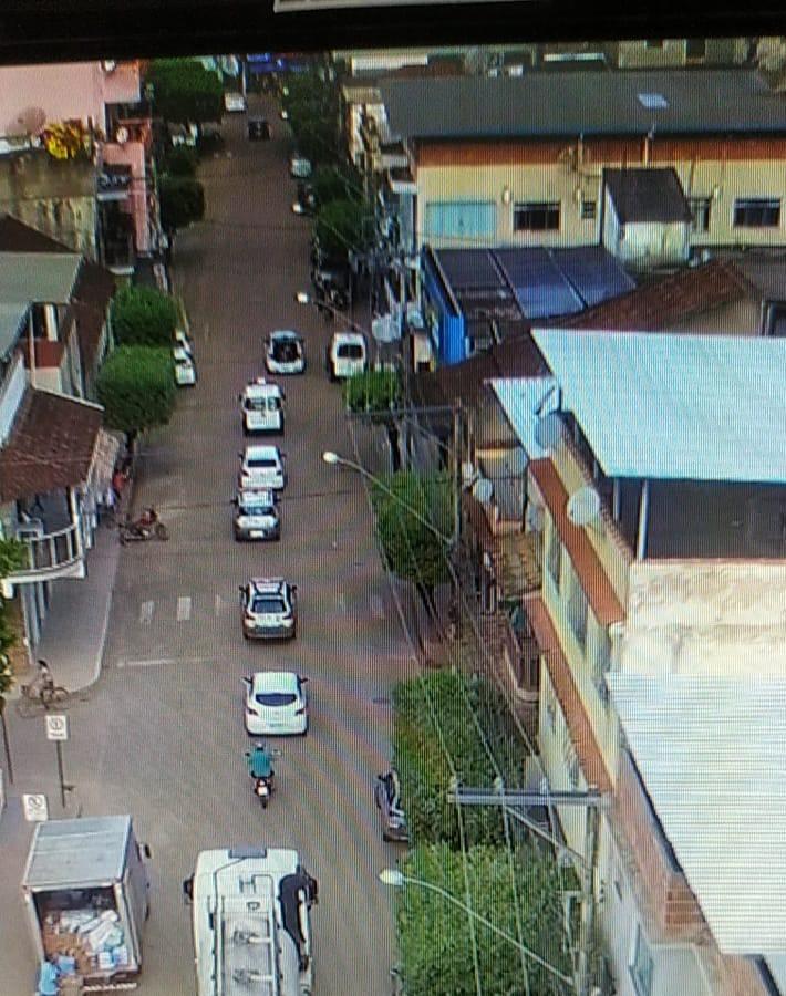 A chegada das primeiras doses de uma vacina contra a Covid-19 em Eugenópolis Minas Gerais.