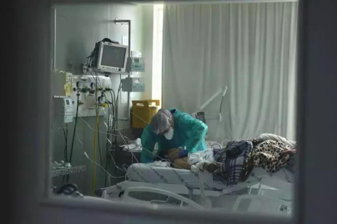 Minas registra 402 mortes em 24h e se aproxima dos 30 mil óbitos por Covid-19