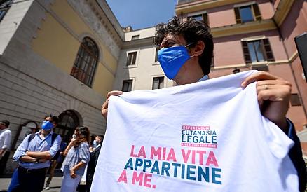 referendum-eutanasia-cappato-ansa-1536x961.webp