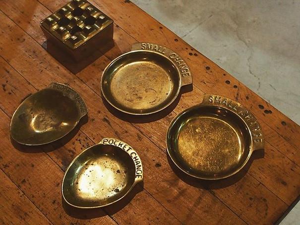 ●_Vintage Brass Change Dish.jpe