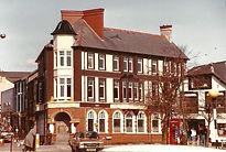 Griffin Hotel in 1980's.jpg