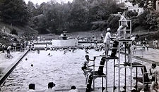 Photo 05 - Swimming Baths about 1938.jpg