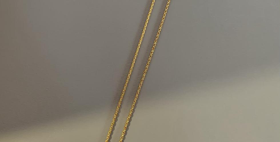 Classic black necklace