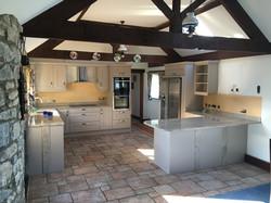 kitchen beige splashback