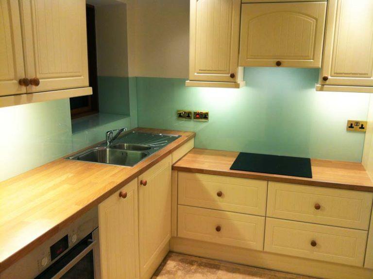 Astral blue - wood kitchen