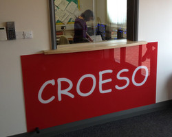 Croeso printed glass
