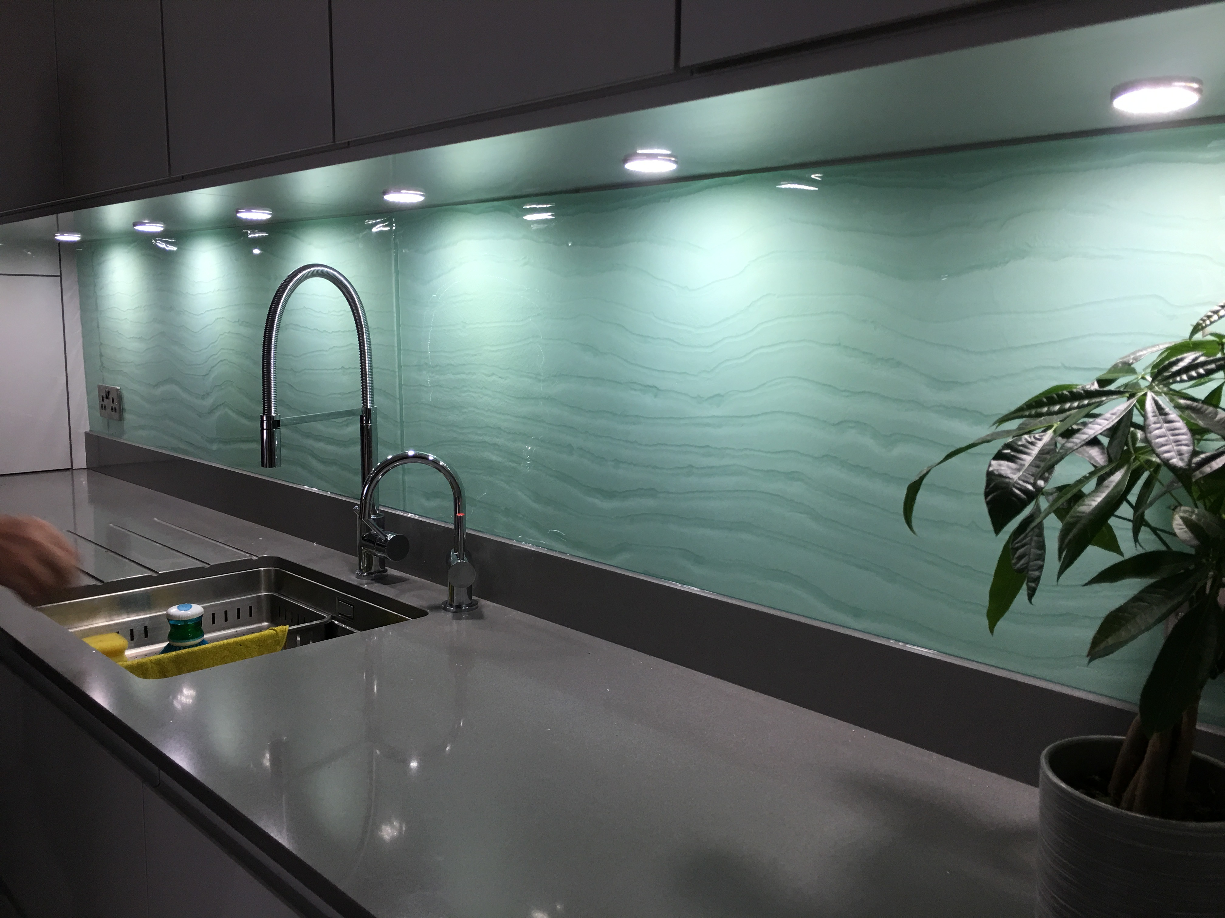 sea green sink 1.jpg
