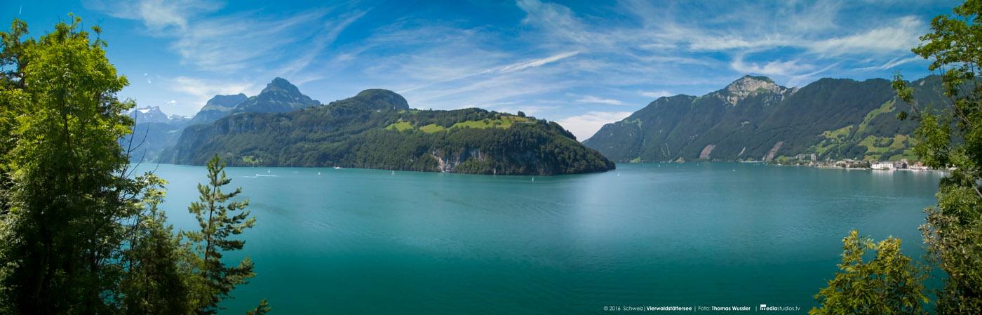 Schweiz_Vierwaldstättersee2016_Panorama002