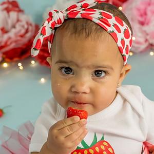 Strawberry Cakesmash