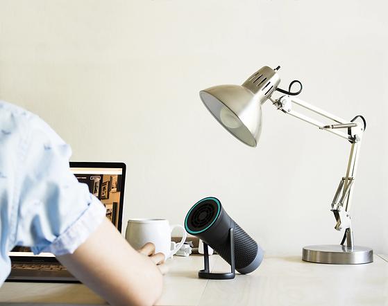 wynd_essential_desk_wide_shot_lamp_alex_
