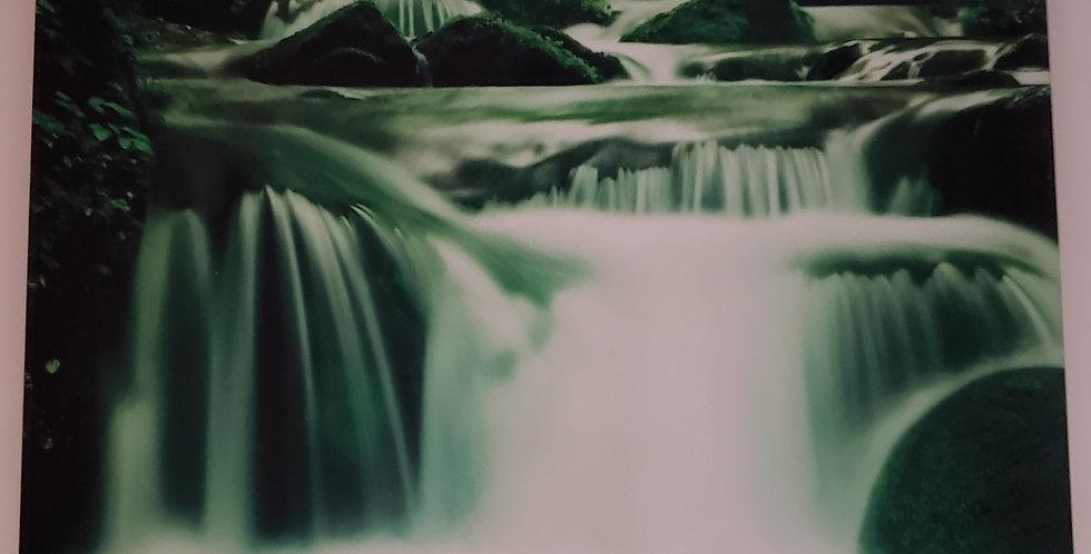 """Green Waterfall Ceramic Tile Wall Decor 8"""" x 10"""""""