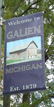 Galien Banner on Street Lamp Post