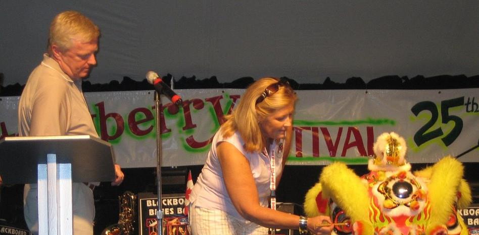 July 1-09 Strawfest 009a.jpg