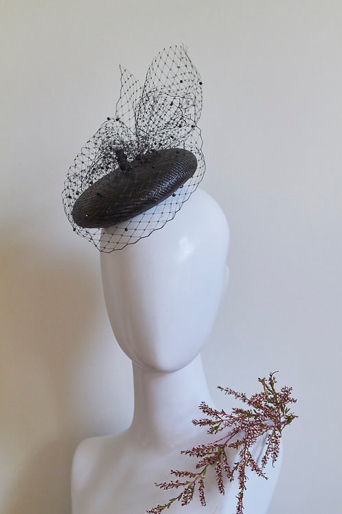 Mini Beret with crystal Veiling