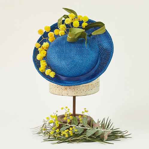 Royal Blue Straw Percher with Wattle Bursts