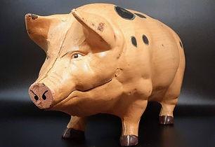 Cast Iron Pig Money Box.jpg