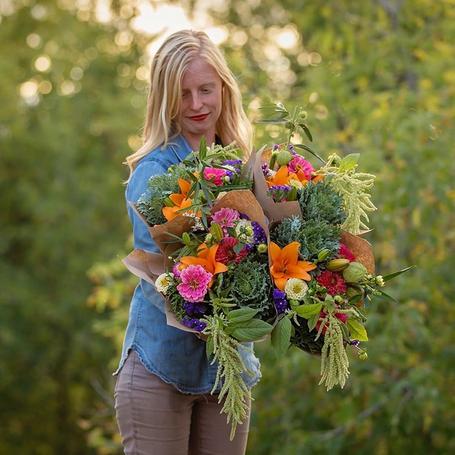 Melanie Harrington, Dahlia May Flower Farm