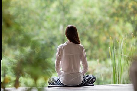 Meditar en naturaleza2.png