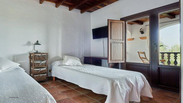 Villa-Bella-Dalt-46-Bedroom-7.jpg