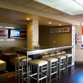 Bostone Pizza, Back Bay