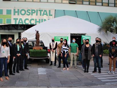 Visita de São Roque ao Hospital Tacchini dá início à campanha de doação de sangue da Paróquia