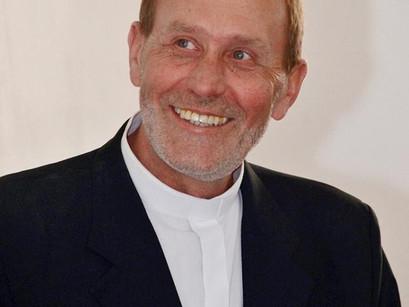 Padre Valdir Thums recebe alta do tratamento de saúde