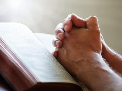 Hora Santa: o exercício de colocar-se em oração diária por 60 minutos; será isso possível?