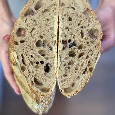 לחם מחמצת (שאור) כוסמין.JPG