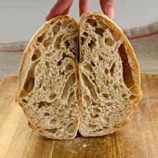 לחם מחמצת ב88% הידרציה.JPG