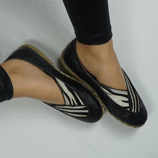Kimono Ayakkabı Zebra Yaka Modeli