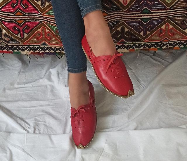 Anadolu Ayakkabı Kırmızı Modeli
