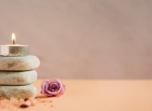 Aromaterapia: saúde e bem-estar com óleos essenciais sagrados
