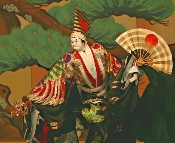Experience Old Japan Through Bunraku Theatre