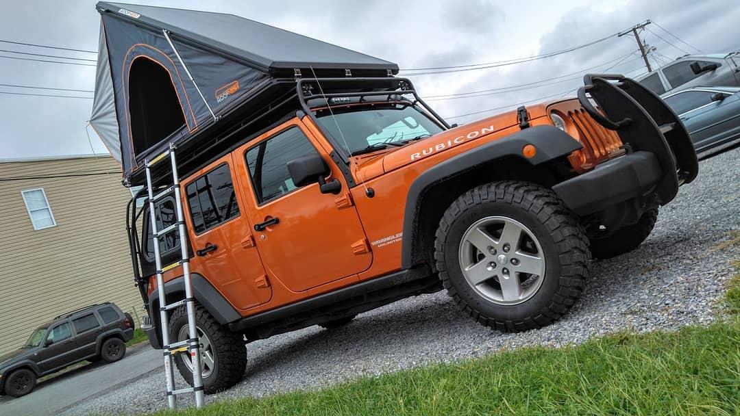 Jeep Camp Set-Up