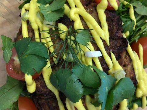 Organic mushroom patties with sauce
