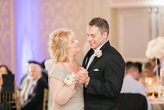 Mother-son-groom-dance-1024x683.jpg