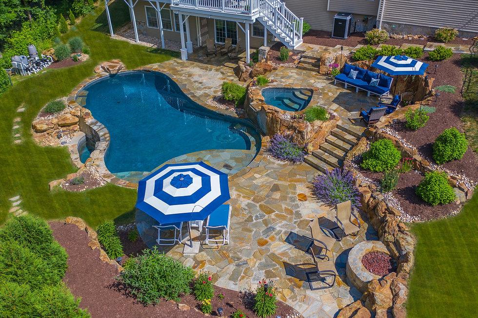 yard pool and jacuzzi.jpg
