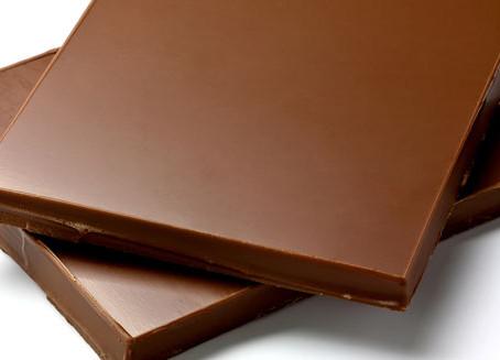 El chocolate oscuro podría aumentar la función cognitiva y la creatividad, sugiere estudio