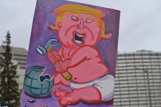 2017 Womens March: Baby Trump Smashes the World wih a Hammer