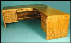 1220-R Desk, with Right Return