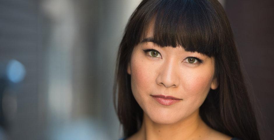 Laura Yumi Snell Headshot 2018.jpg