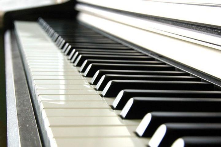 piano_keys_l1.jpg